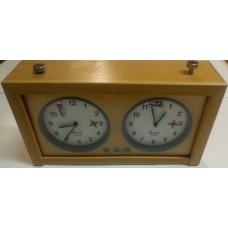 Шахматные часы механические GARDE деревянные